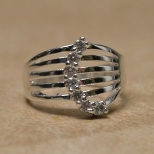Jewelry - Brand New Sterling Silver CZ Crescent Gem Ring