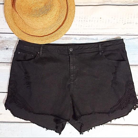 70% off joe boxer pants - plus size crochet trim high waist short