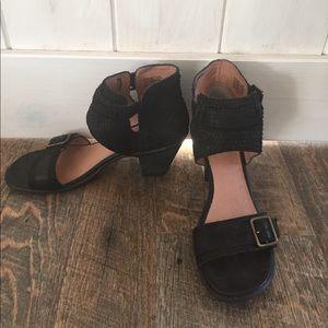 Miz Mooz Shoes - Black Miz Mooz heeled sandals size 7.5