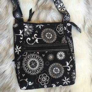 thirty one Handbags - Thirty one black and white crossbody
