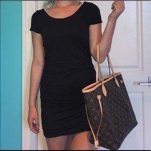 Splendid Dresses & Skirts - NWT Splendid Ruched Bodycon Dress