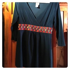 Size M maternity top