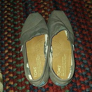 Women's Gray Toms