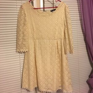 Large Cream Lace dress
