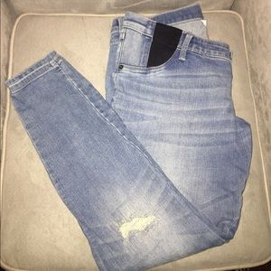 Liz Lange for Target Denim - Distressed Liz Lange Maternity jeans