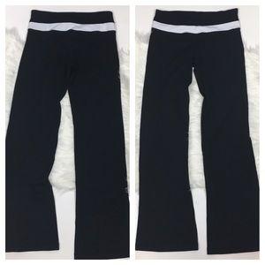 lululemon athletica Pants - Lululemon groove pant black white reversible