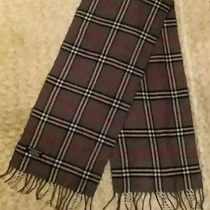Burberry Accessories - BURBERRY cashmere nova check scarf gray