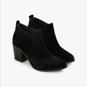 Steve Madden 'Pauze' Black Suede Ankle Booties