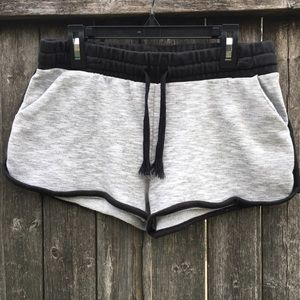 Other - Comfy shorts!