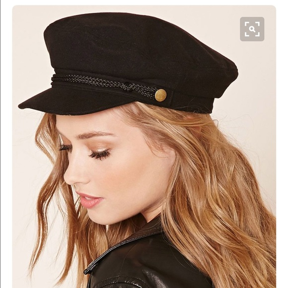 3ce5043188c Forever 21 Accessories - ISO Black Cabbie Hat Forever 21