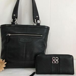 Coach Handbags - Coach Black purse with black wallet