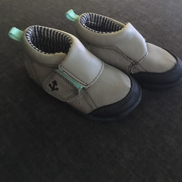 off Carter s Other Size 4 crawl to walk shoes from