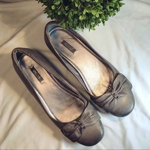 Ecco Shoes - Ecco Gray Flats ⭐️Like New! Comfortable!