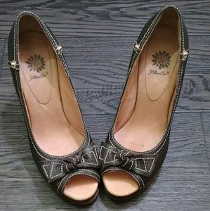 Yellow Box Shoes - Yellow box Brown Peep toe Wedges sz 6