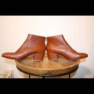 Rachel Comey Shoes - NWOT Rachel Corey Camel Leather Bootie