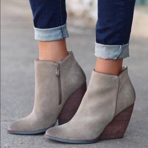 Volatile Shoes - Ankle Bootie with Leather Stacked Heel