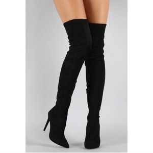 Breckelles Shoes - Black thigh high boots