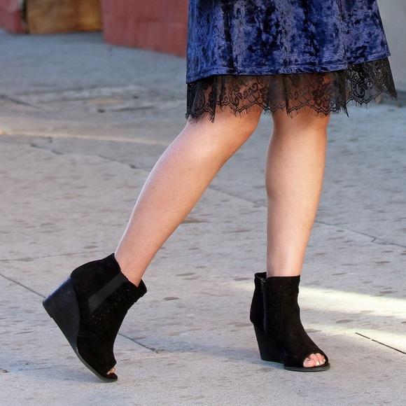 Shoes - Black Peep-Toe Platform Wedges