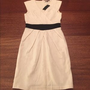 Tinley Road Dresses & Skirts - Tinley road white dress NWT!!