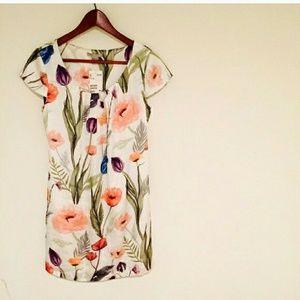 H&M Dresses & Skirts - Floral print H&M dress- sz S