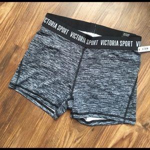 Victoria's Secret Pants - Victoria sport the player hot short