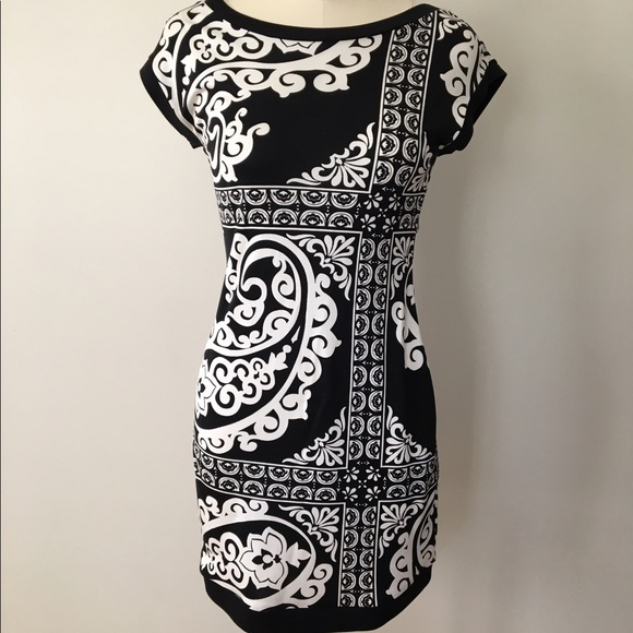 White House Black Market Dresses & Skirts - White House Black Market Print Silk Dress