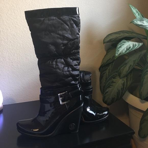 92 bcbg shoes weekend sale bcbg wedge boots