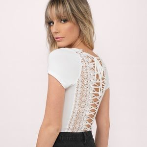 Tobi Tops - Floral cut out lacy white tee S