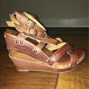 Bed Stu Shoes - Bed Stu clogged wedge