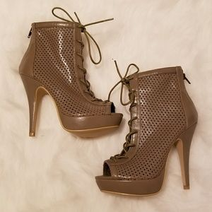 Olive Brown Peep Toe Lace Up Booties SIZE 6