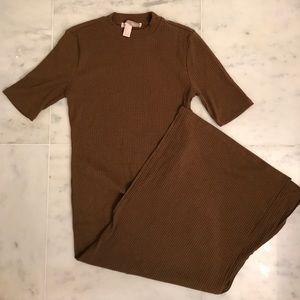 Ribbed Midi Slit Dress