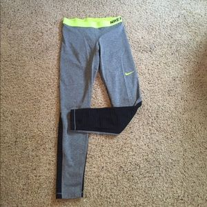 Nike Pants - Nike pro leggings