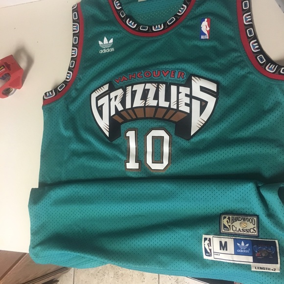 3581cb1117e7 Adidas Other - Mike Bibby Vancouver Grizzlies Jersey