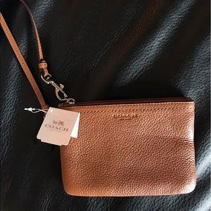 Coach Park Leather Small Sand F51763 Wristlet
