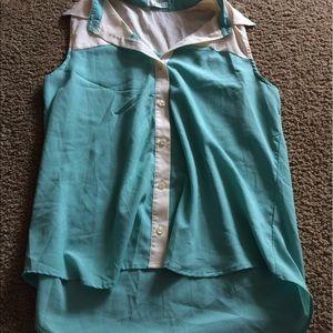 MINE Tops - MINE button down sleeveless blouse