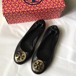 Tory Burch Shoes - 🎀Tory Burch Reva Flats in Box!