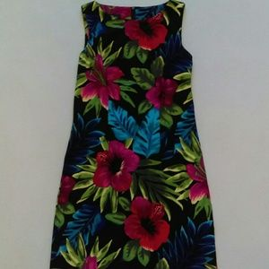 AGB Dresses & Skirts - AGB Dress Hawaiian print dress