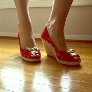 1HRFLASH!Candy apple red wedge sandals SZ 10