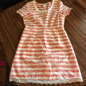 Esley Dresses & Skirts - NWT Esley Dress size large
