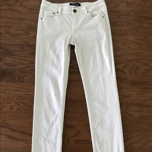 Tommy Bahama Denim - Banana Republic Skinny White Jeans