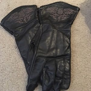 Harley-Davidson Accessories - Authentic leather HD gloves