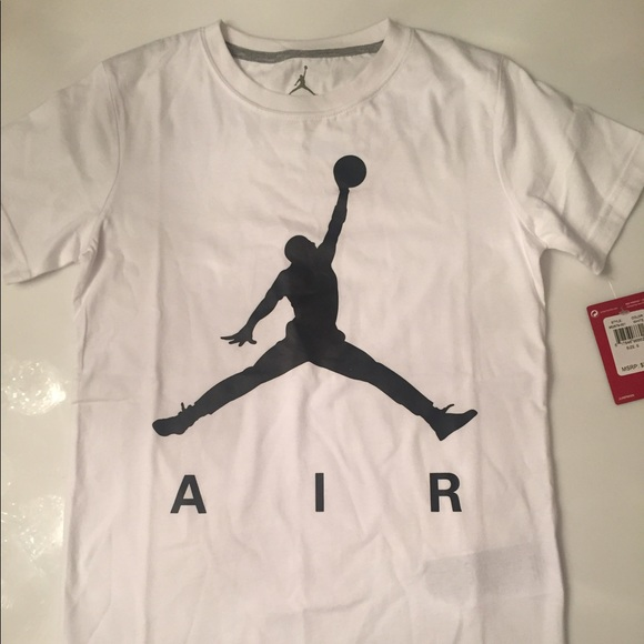 f6eafc25113fed Nike Boys White and Black Air Jordan T-shirt YS