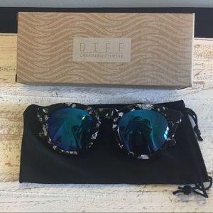 Diff Eyewear Accessories - Brand new  Diff eyewear Sunglasses