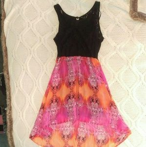 Dresses & Skirts - Pink and black high low dress