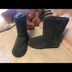 BearPaw Shoes - Brand new bear paw boots!! 💖