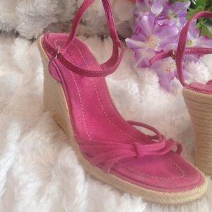 Pretty hot pink  BR heels