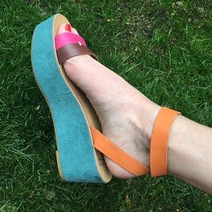 Lucky Brand Shoes - Lucky colorful flatforms!!