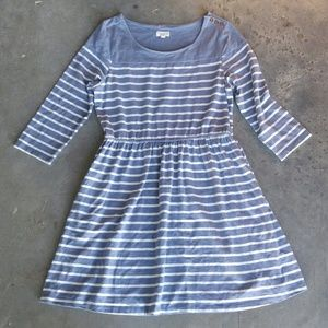 Maison Jules Dresses & Skirts - Maison Jules Blue Striped 3/4 Sleeve Dress