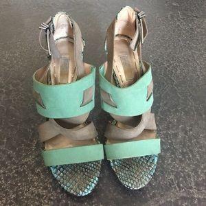 ⚡️FINALPRICE⚡️Rachel Roy suede and snakeskin heels