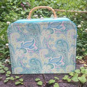 Vintage 70/80's Blue Paisley/Striped Train Case